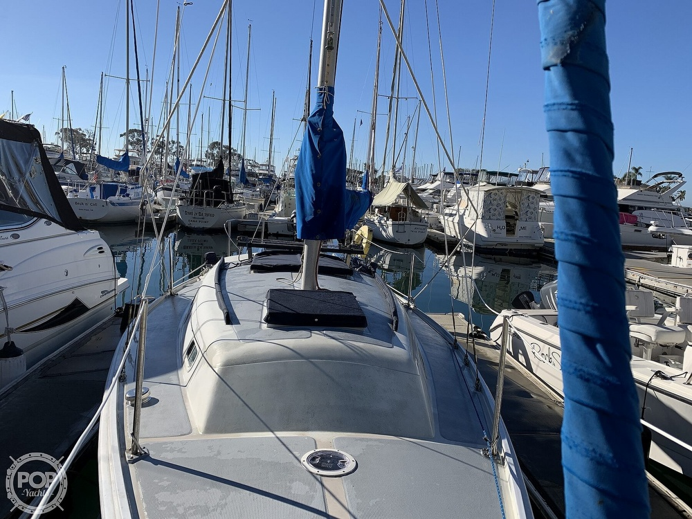 1972 Ericson Yachts boat for sale, model of the boat is 27 & Image # 15 of 40