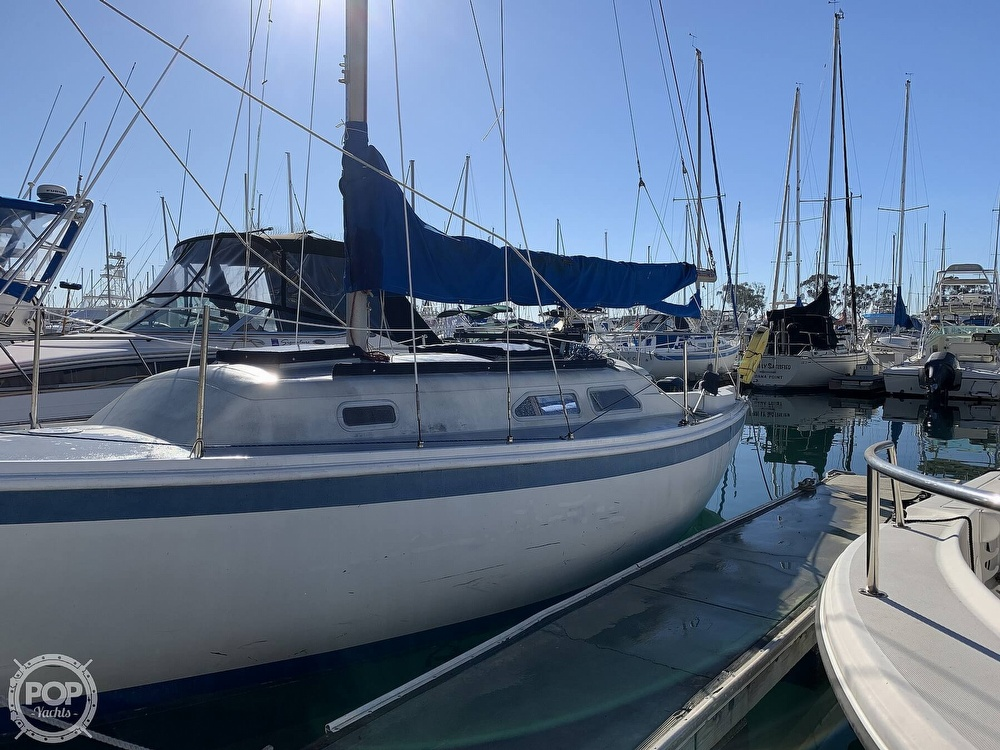 1972 Ericson Yachts boat for sale, model of the boat is 27 & Image # 17 of 40
