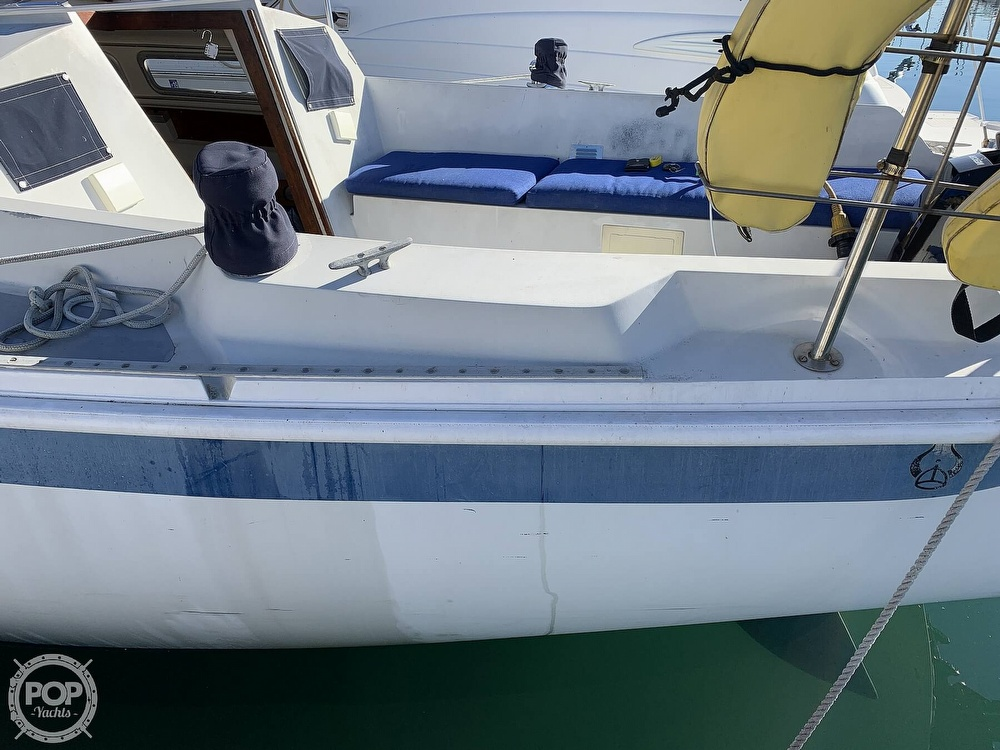 1972 Ericson Yachts boat for sale, model of the boat is 27 & Image # 20 of 40