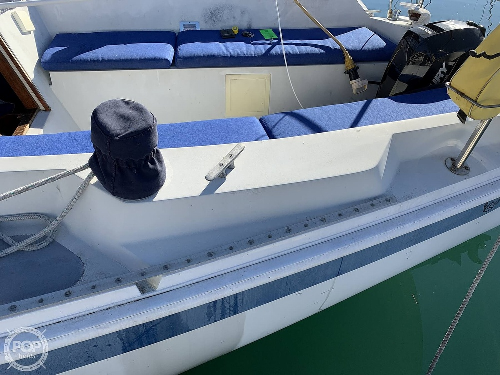 1972 Ericson Yachts boat for sale, model of the boat is 27 & Image # 22 of 40