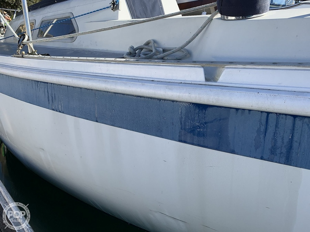 1972 Ericson Yachts boat for sale, model of the boat is 27 & Image # 25 of 40