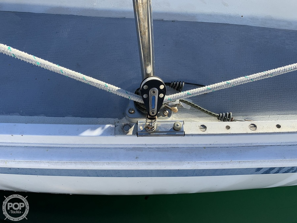 1972 Ericson Yachts boat for sale, model of the boat is 27 & Image # 27 of 40