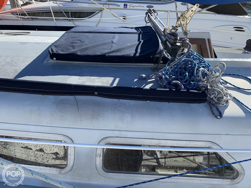 1972 Ericson Yachts boat for sale, model of the boat is 27 & Image # 32 of 40