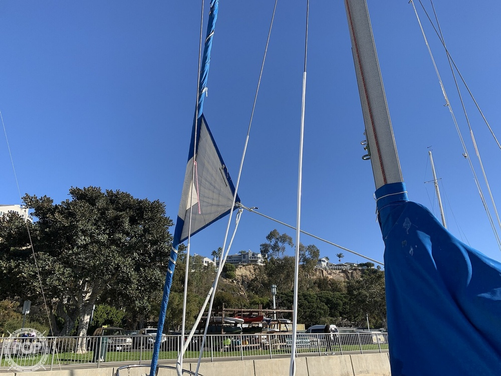 1972 Ericson Yachts boat for sale, model of the boat is 27 & Image # 36 of 40