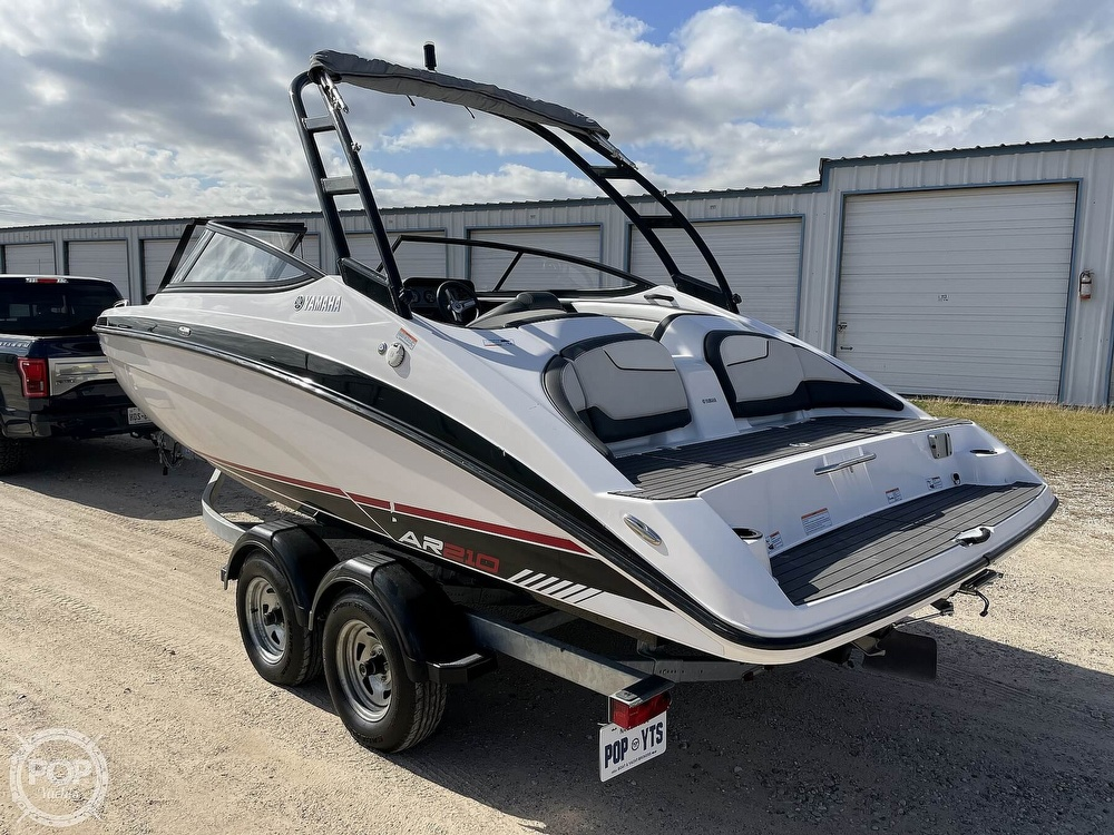 2017 Yamaha boat for sale, model of the boat is AR210 & Image # 5 of 40