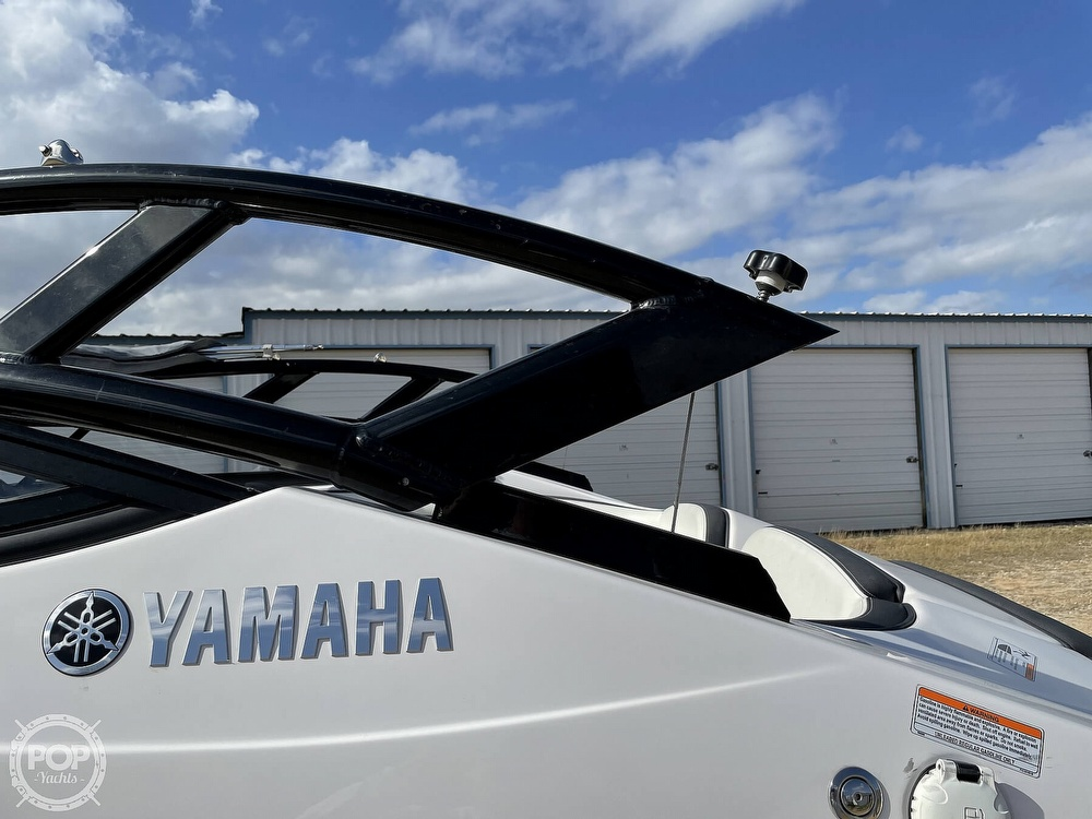 2017 Yamaha boat for sale, model of the boat is AR210 & Image # 9 of 40