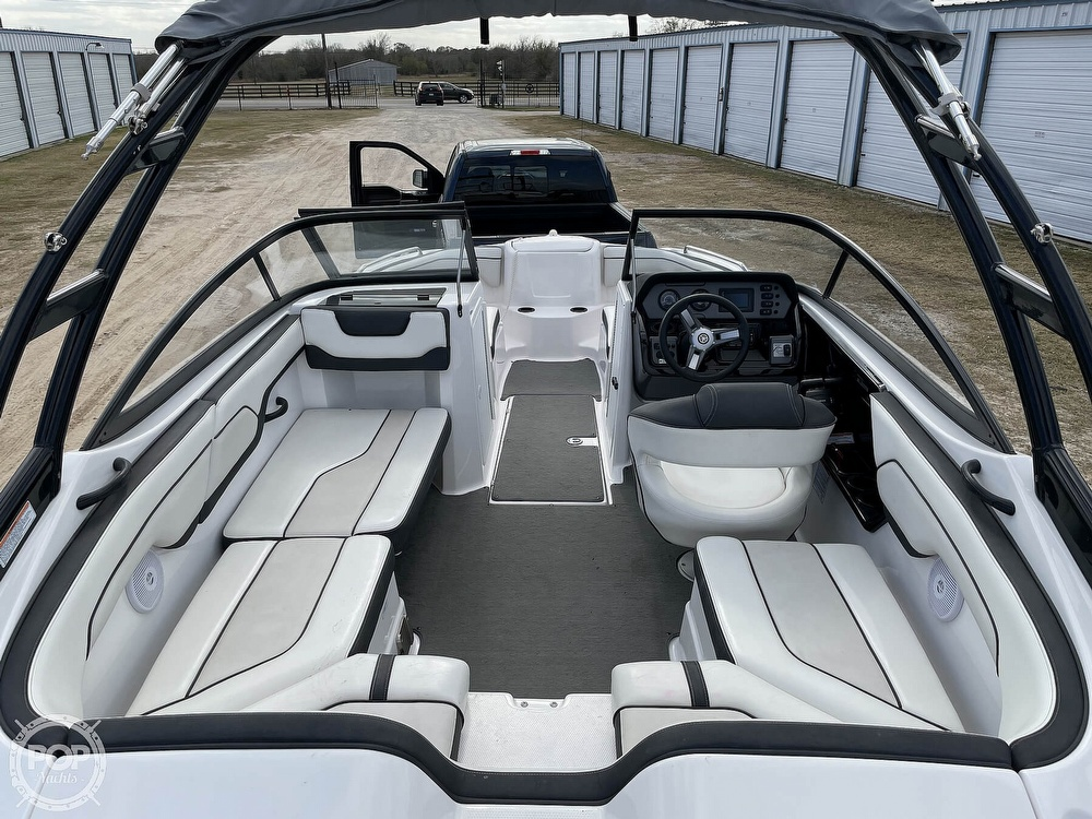 2017 Yamaha boat for sale, model of the boat is AR210 & Image # 39 of 40