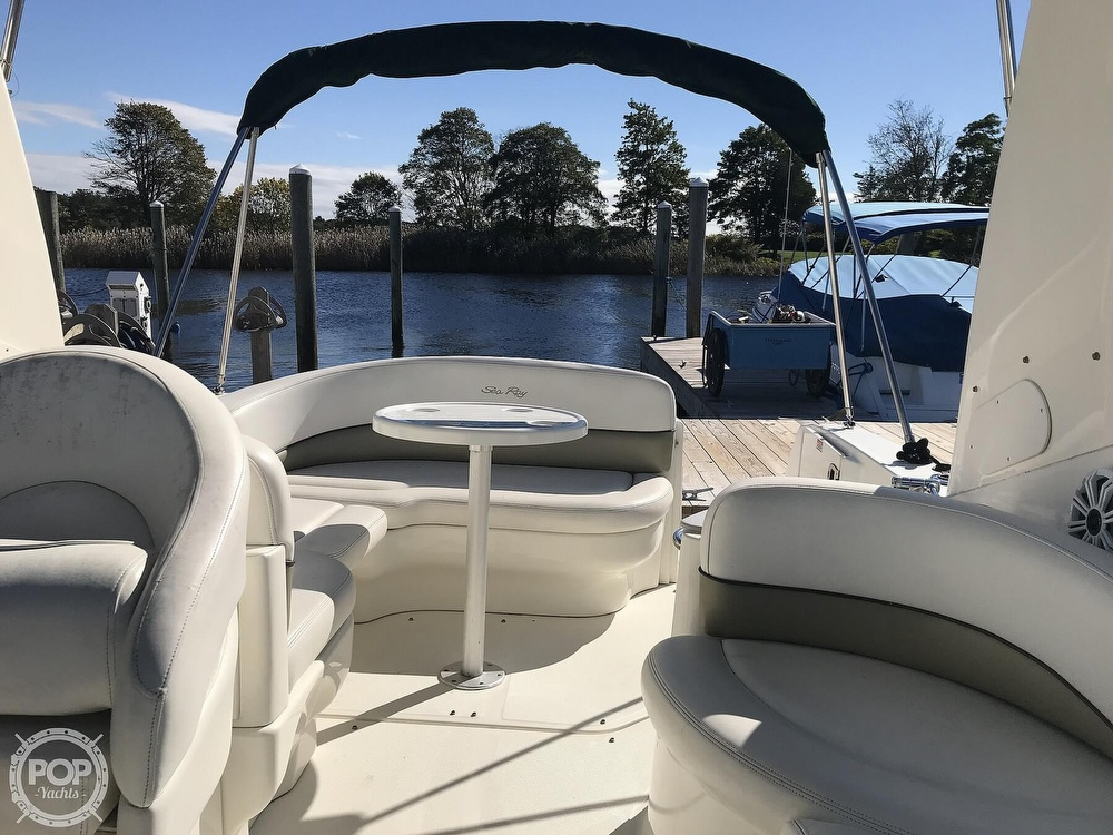 2005 Sea Ray boat for sale, model of the boat is 260 Sundancer & Image # 12 of 40