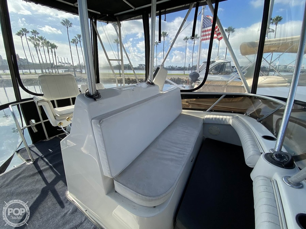 1989 Luhrs boat for sale, model of the boat is Tournament 342 & Image # 20 of 40