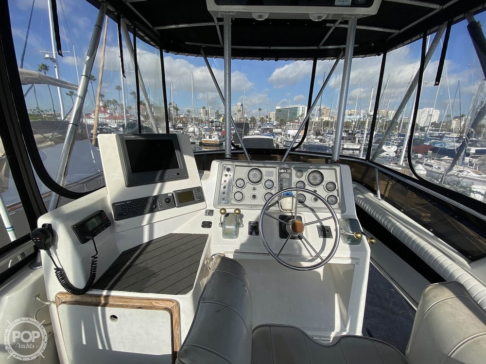 1989 Luhrs boat for sale, model of the boat is Tournament 342 & Image # 21 of 40
