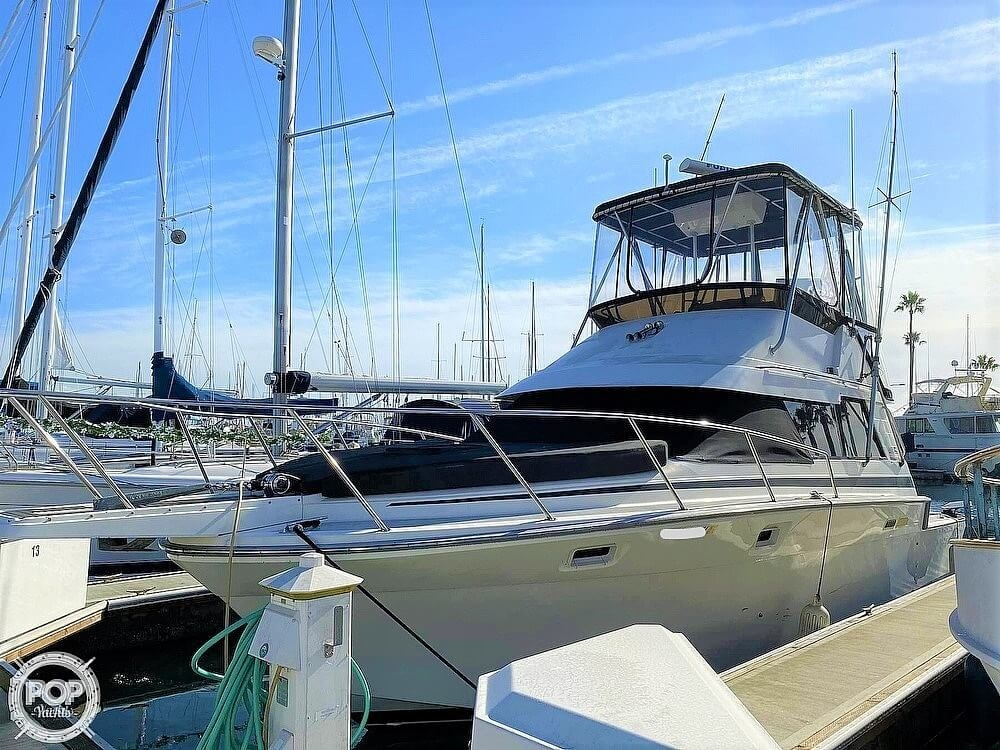 1989 Luhrs boat for sale, model of the boat is Tournament 342 & Image # 2 of 40