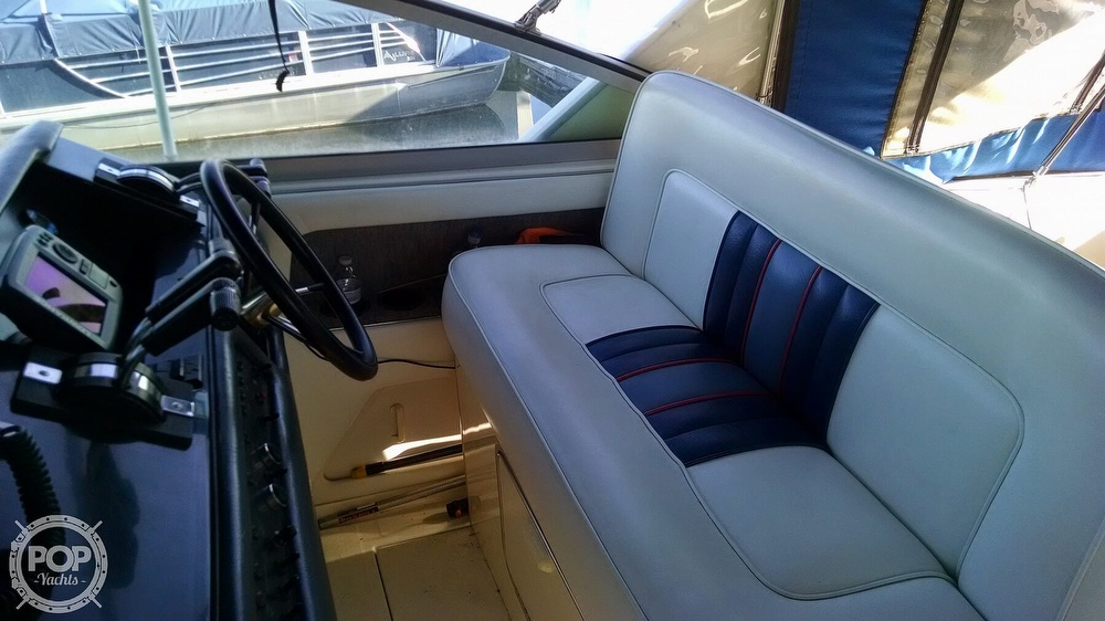 1993 Sea Ray boat for sale, model of the boat is 330 EC & Image # 4 of 32