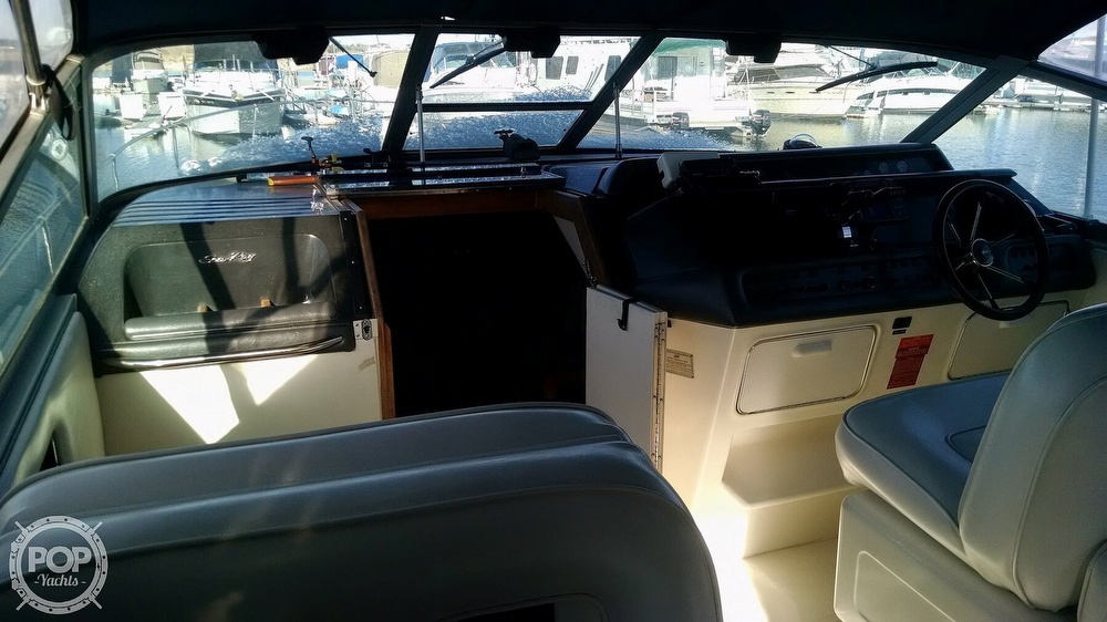 1993 Sea Ray boat for sale, model of the boat is 330 EC & Image # 10 of 32
