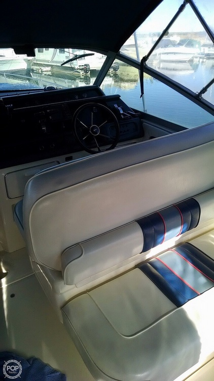 1993 Sea Ray boat for sale, model of the boat is 330 EC & Image # 11 of 32