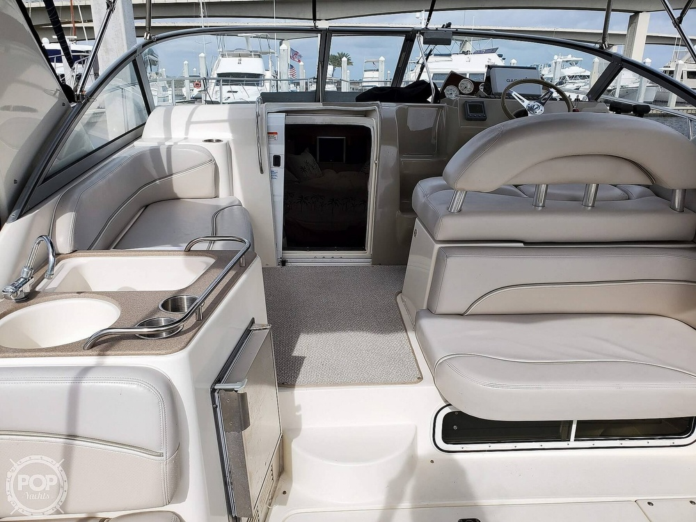 2008 Larson boat for sale, model of the boat is 330 Cabrio & Image # 5 of 40