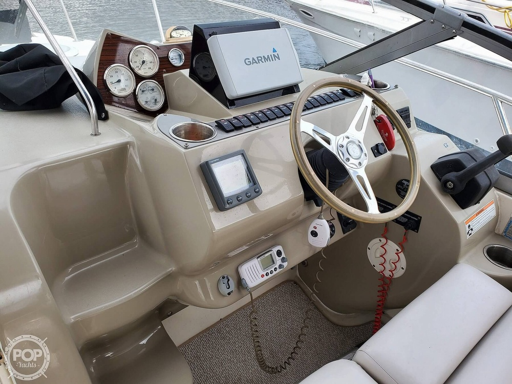 2008 Larson boat for sale, model of the boat is 330 Cabrio & Image # 14 of 25