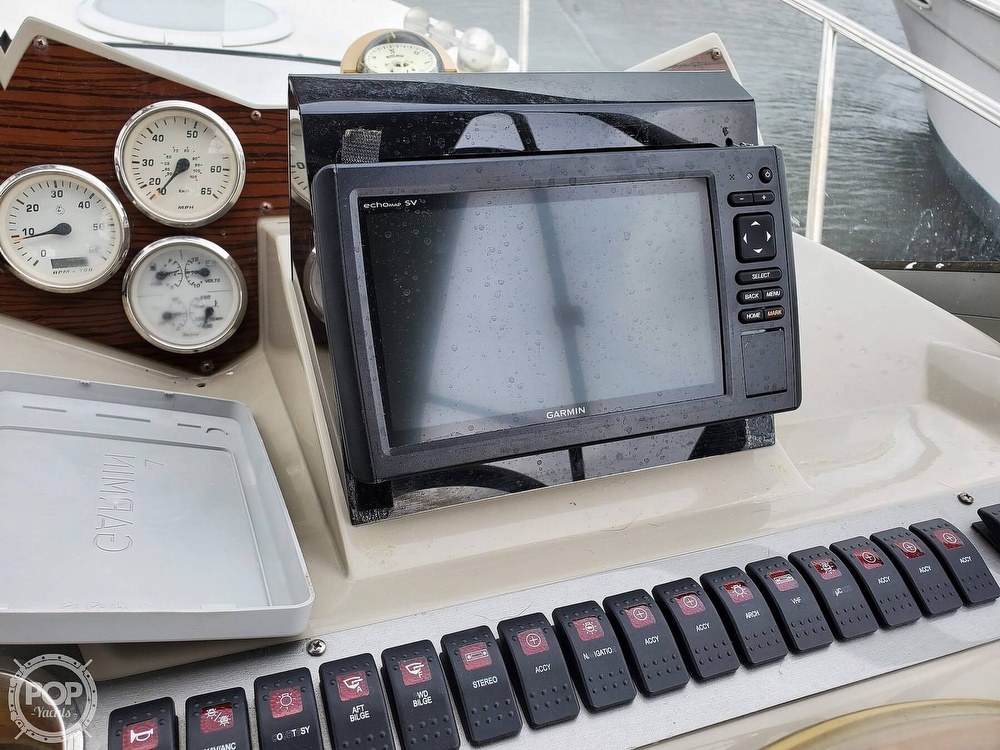 2008 Larson boat for sale, model of the boat is 330 Cabrio & Image # 23 of 40