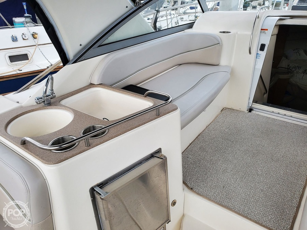 2008 Larson boat for sale, model of the boat is 330 Cabrio & Image # 13 of 25