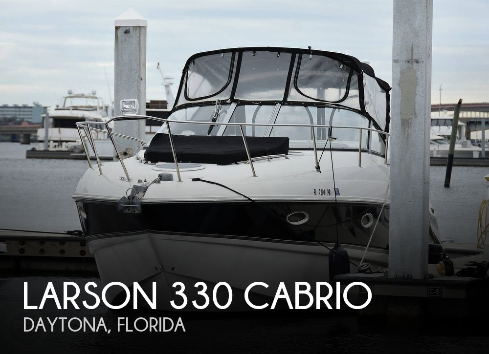 2008 Larson boat for sale, model of the boat is 330 Cabrio & Image # 1 of 25