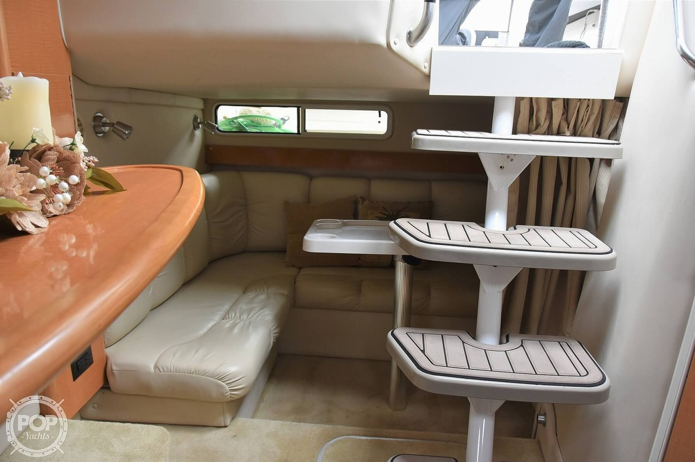 2008 Larson boat for sale, model of the boat is 330 Cabrio & Image # 8 of 25