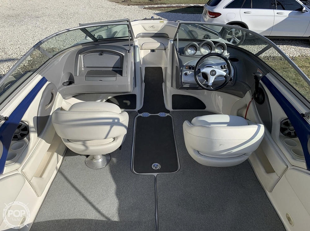 2005 Monterey boat for sale, model of the boat is 194fs & Image # 13 of 40