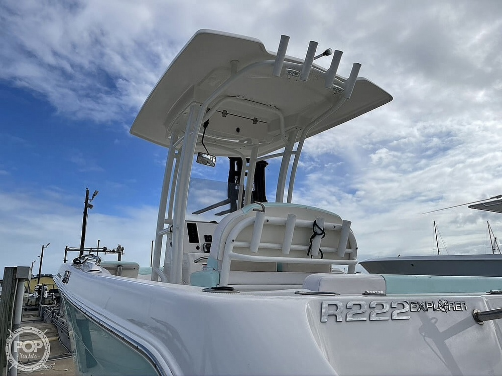 2018 Robalo boat for sale, model of the boat is R222 Explorer & Image # 2 of 40