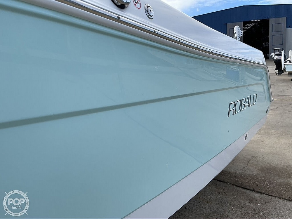 2018 Robalo boat for sale, model of the boat is R222 Explorer & Image # 11 of 40