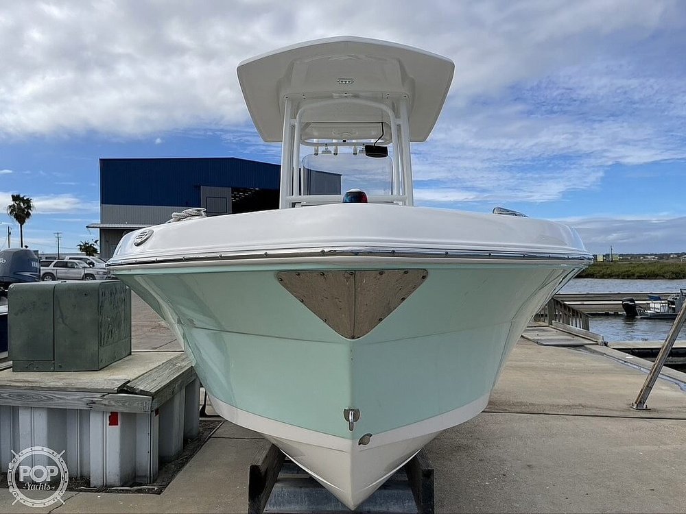 2018 Robalo boat for sale, model of the boat is R222 Explorer & Image # 5 of 40