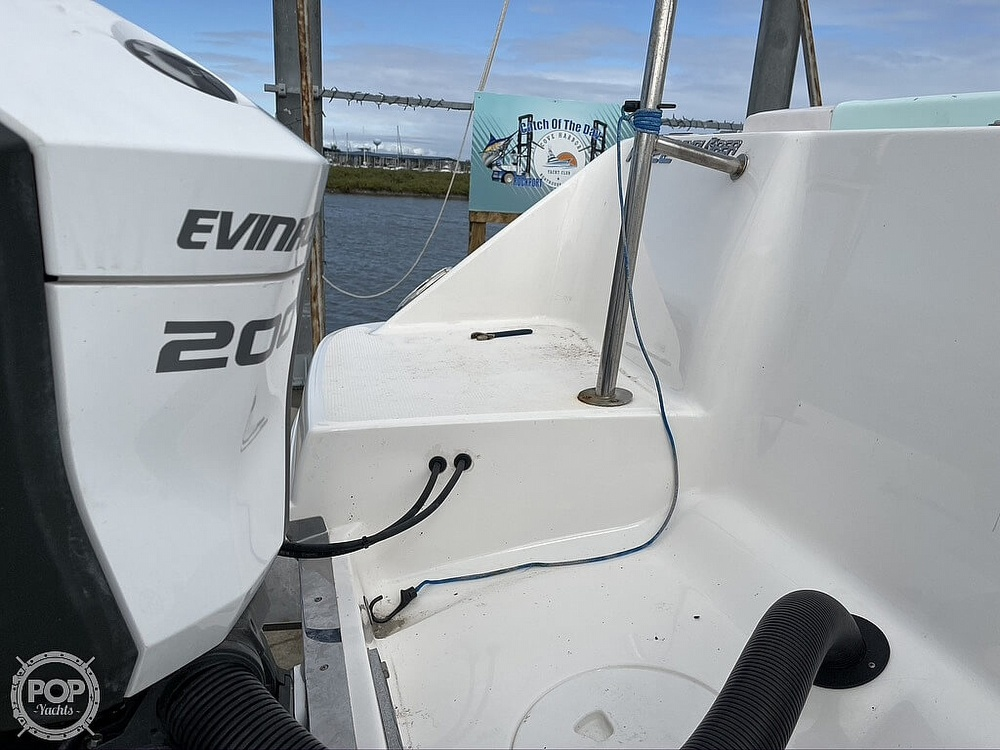 2018 Robalo boat for sale, model of the boat is R222 Explorer & Image # 23 of 40