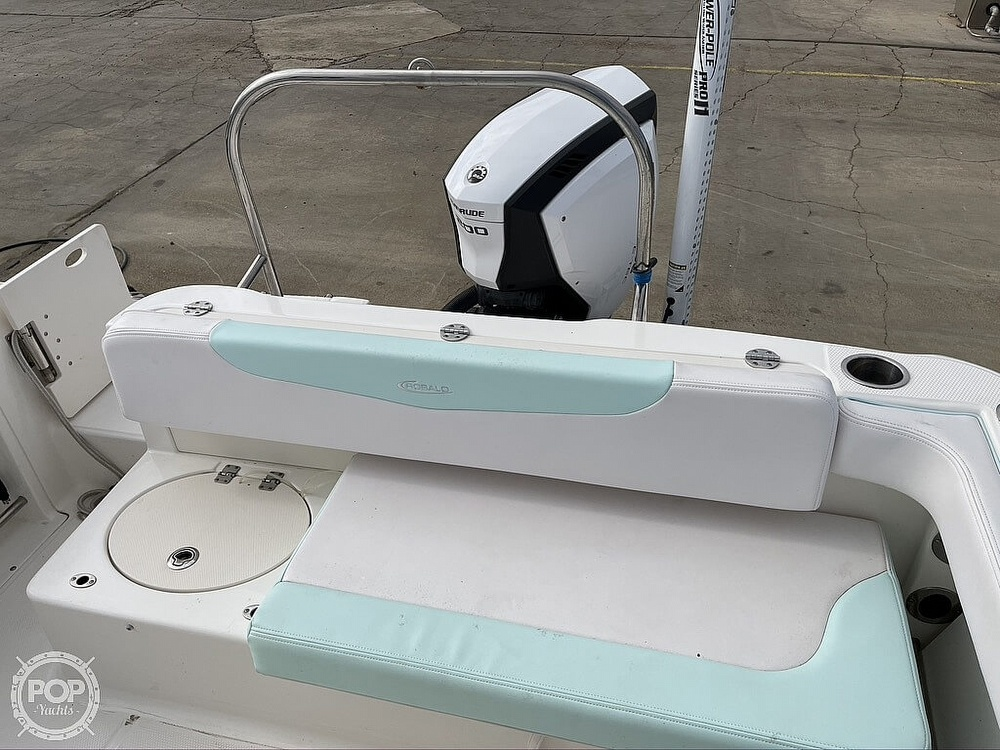 2018 Robalo boat for sale, model of the boat is R222 Explorer & Image # 26 of 40