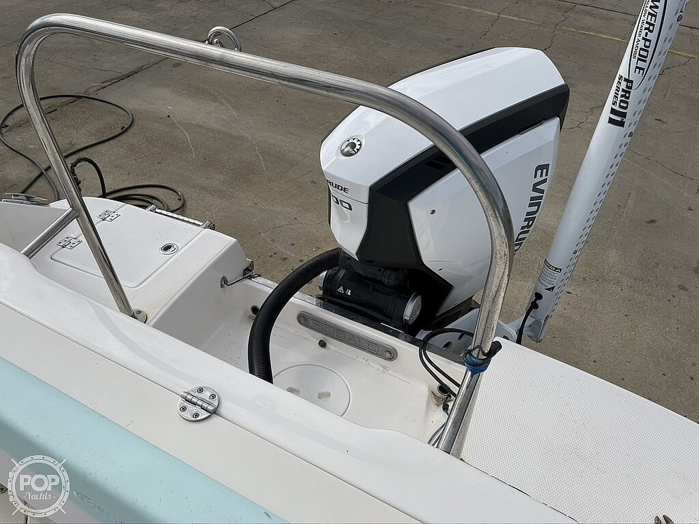 2018 Robalo boat for sale, model of the boat is R222 Explorer & Image # 20 of 40