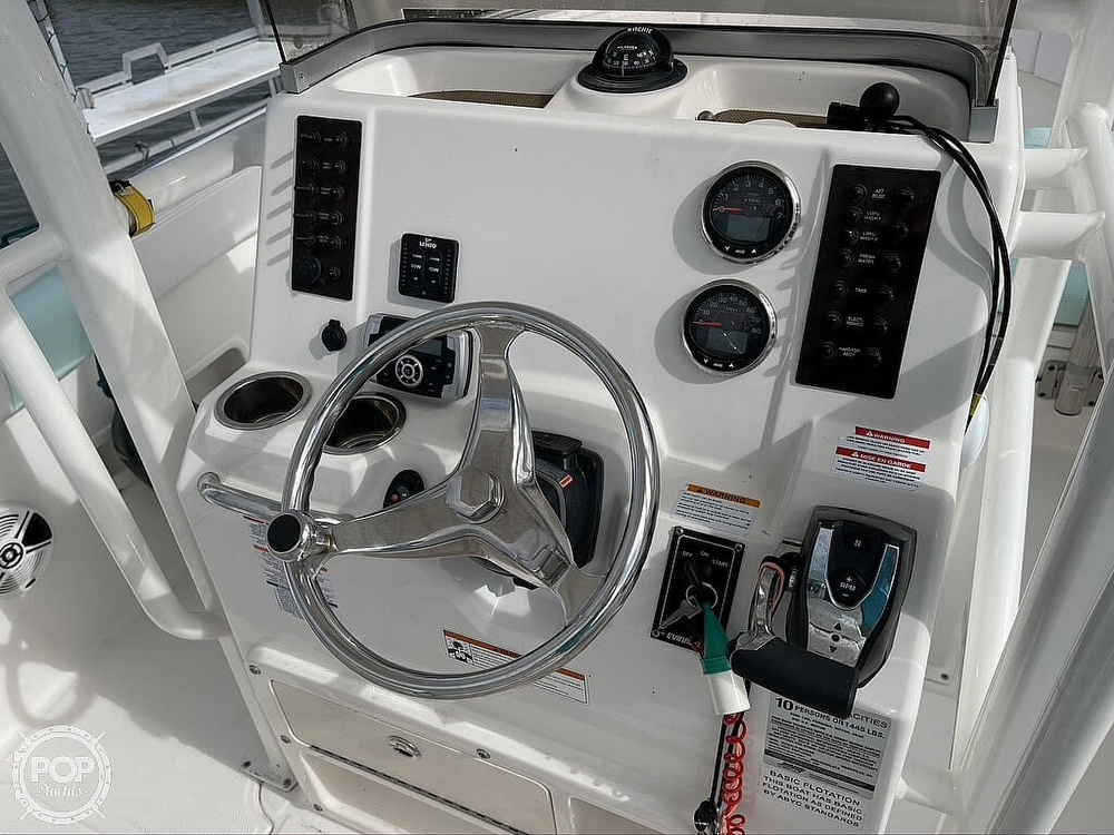 2018 Robalo boat for sale, model of the boat is R222 Explorer & Image # 3 of 40
