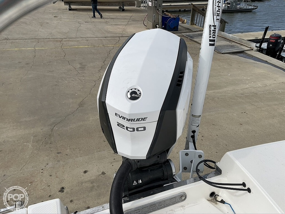 2018 Robalo boat for sale, model of the boat is R222 Explorer & Image # 18 of 40