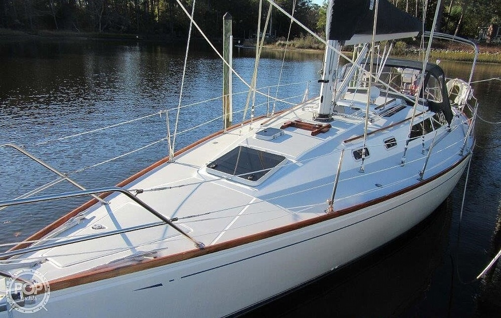 1988 CAL boat for sale, model of the boat is 39 Wing Keel & Image # 5 of 40