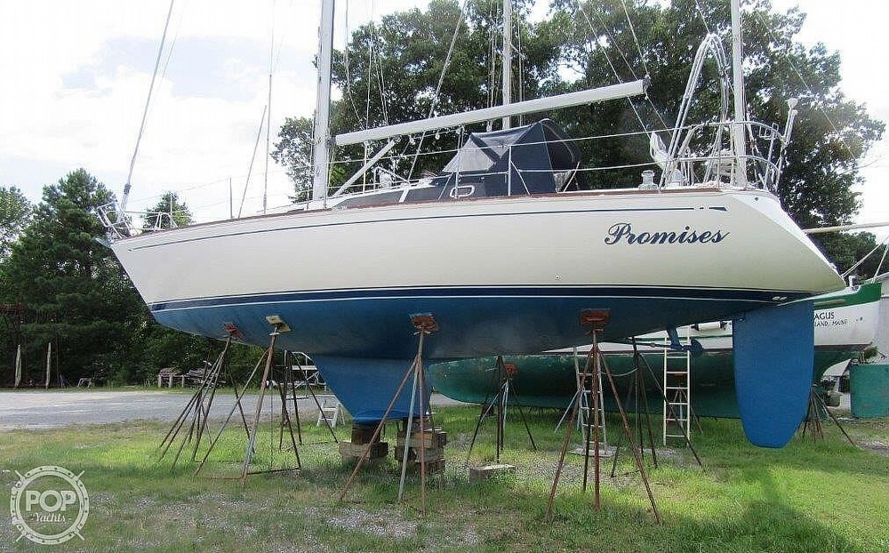 1988 CAL boat for sale, model of the boat is 39 Wing Keel & Image # 29 of 40