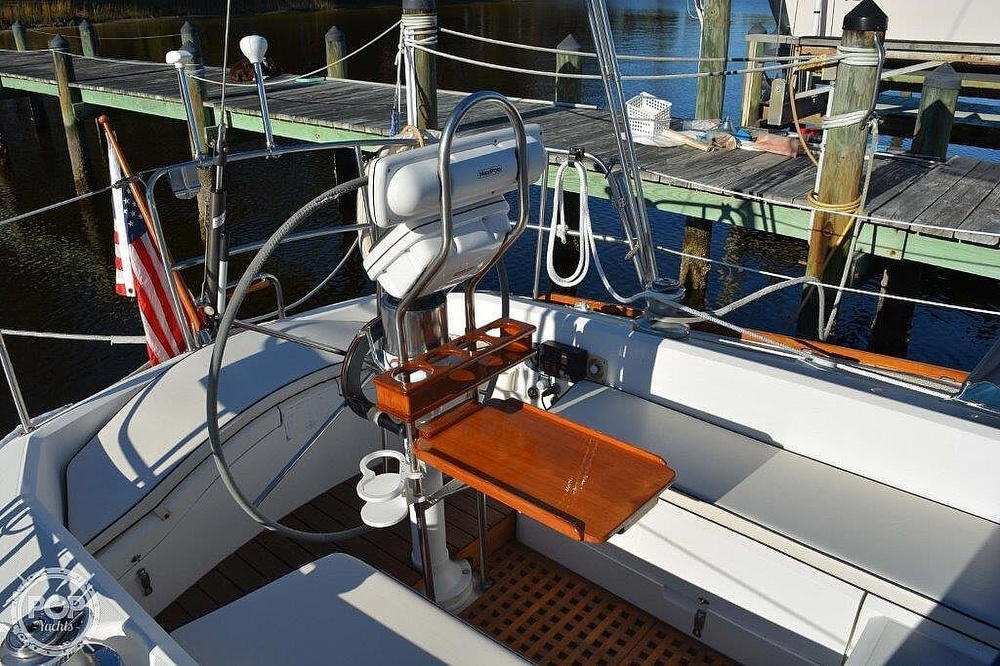 1988 CAL boat for sale, model of the boat is 39 Wing Keel & Image # 11 of 40