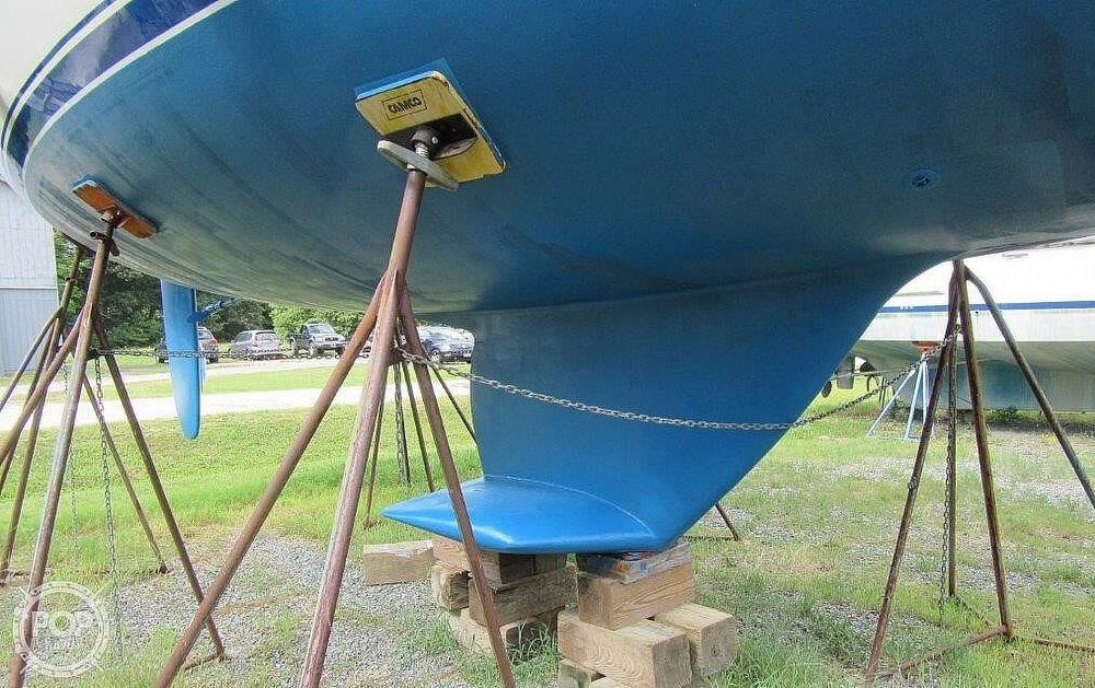 1988 CAL boat for sale, model of the boat is 39 Wing Keel & Image # 31 of 40