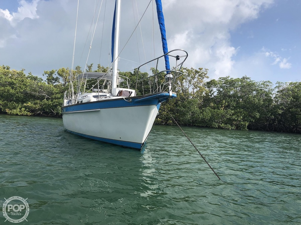 1989 Irwin boat for sale, model of the boat is 38 Mark II & Image # 2 of 40