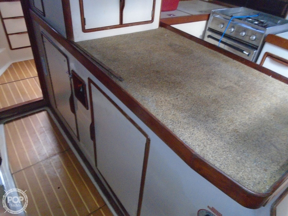 1989 Irwin boat for sale, model of the boat is 38 Mark II & Image # 18 of 40