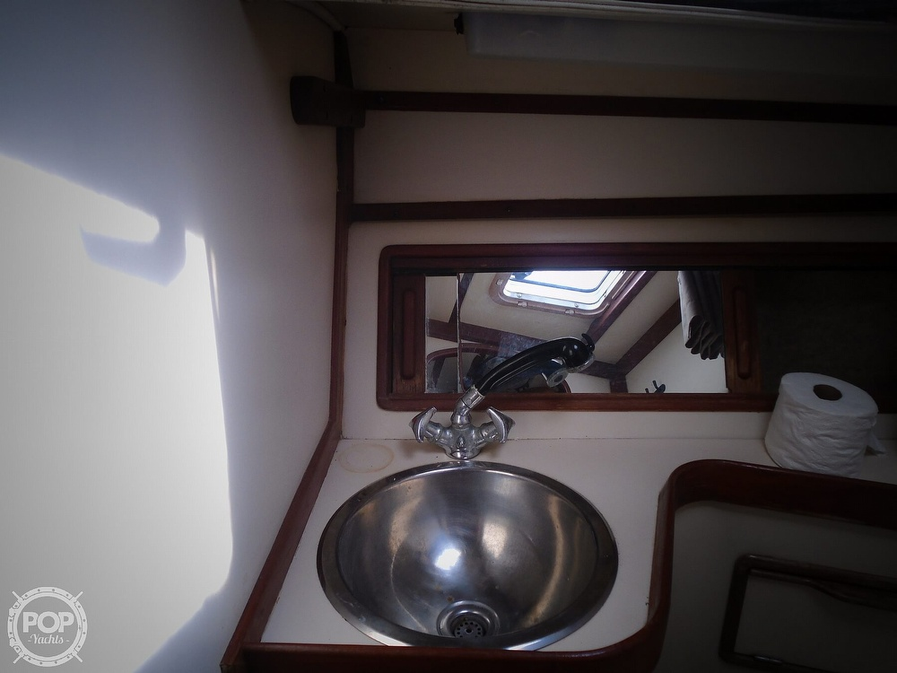 1989 Irwin boat for sale, model of the boat is 38 Mark II & Image # 31 of 40