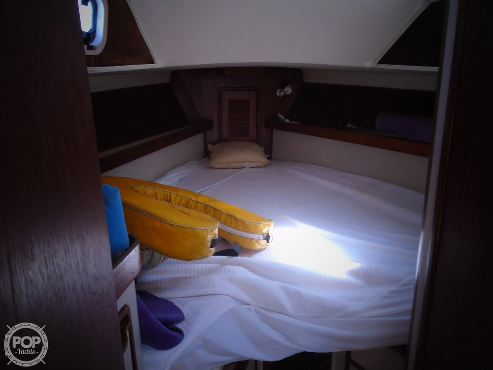 1989 Irwin boat for sale, model of the boat is 38 Mark II & Image # 35 of 40