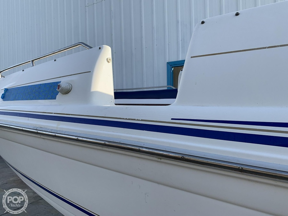 1996 Sea Ray boat for sale, model of the boat is 240 Sun Deck & Image # 29 of 40