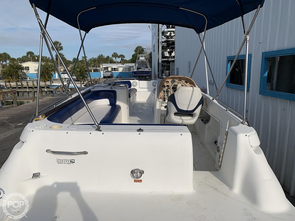 1996 Sea Ray boat for sale, model of the boat is 240 Sun Deck & Image # 3 of 40