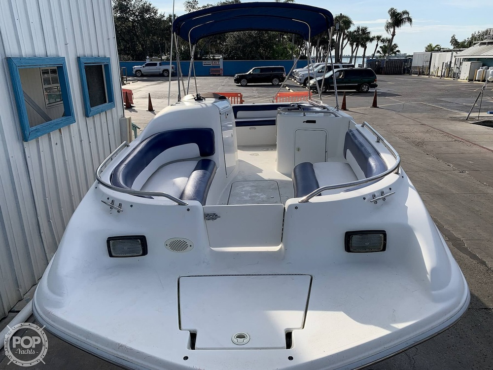 1996 Sea Ray boat for sale, model of the boat is 240 Sun Deck & Image # 2 of 40