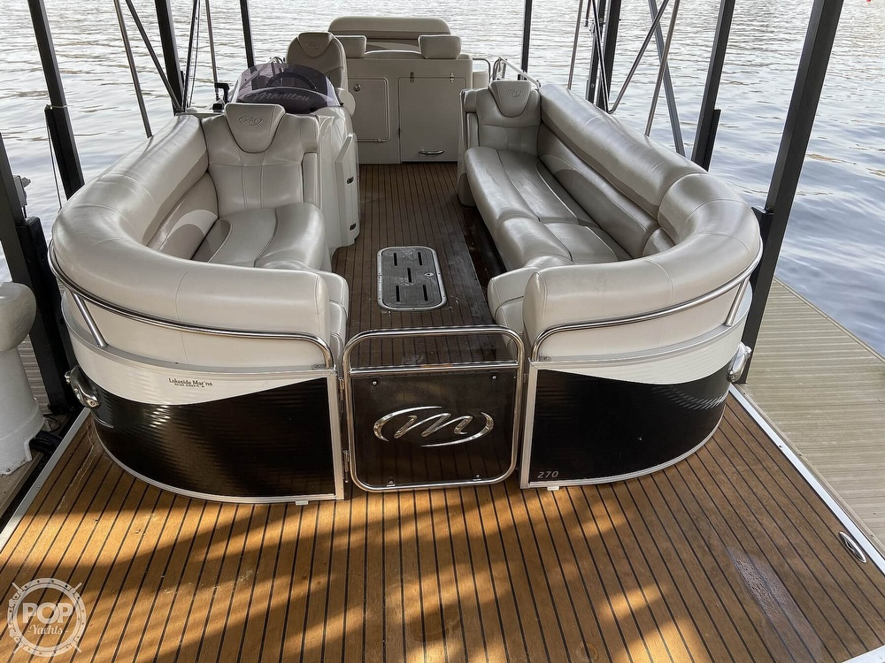 2011 Manitou boat for sale, model of the boat is SHP 27 Legacy & Image # 14 of 40
