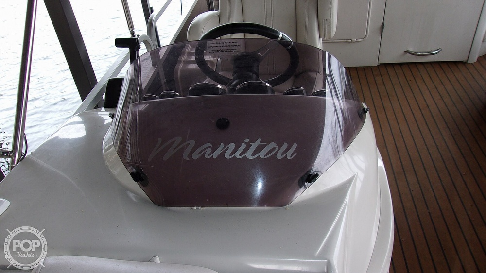 2011 Manitou boat for sale, model of the boat is SHP 27 Legacy & Image # 27 of 40