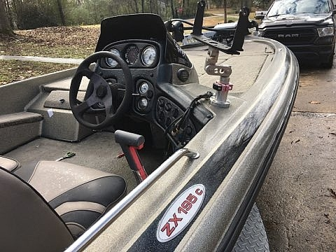 2000 Skeeter boat for sale, model of the boat is ZX 195C & Image # 9 of 11