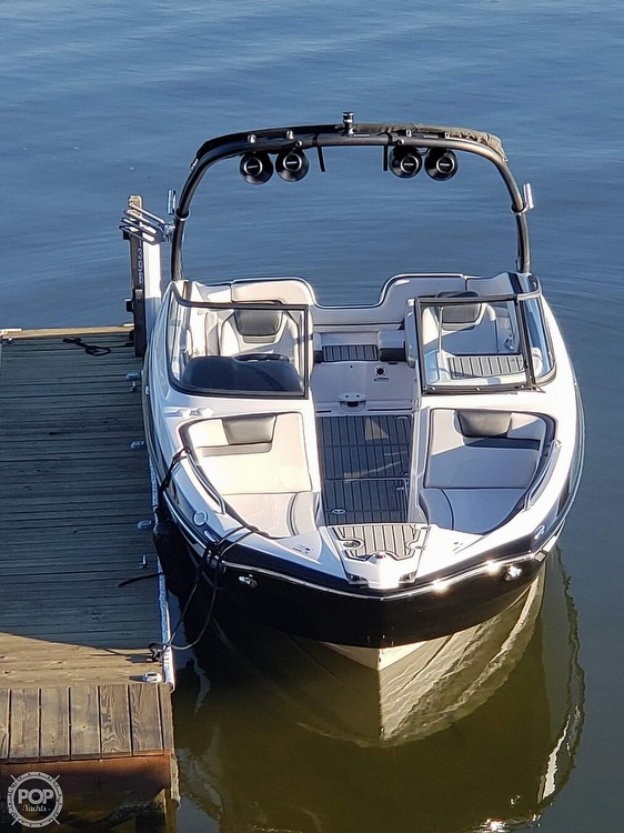 2018 Yamaha boat for sale, model of the boat is AR240 & Image # 2 of 12
