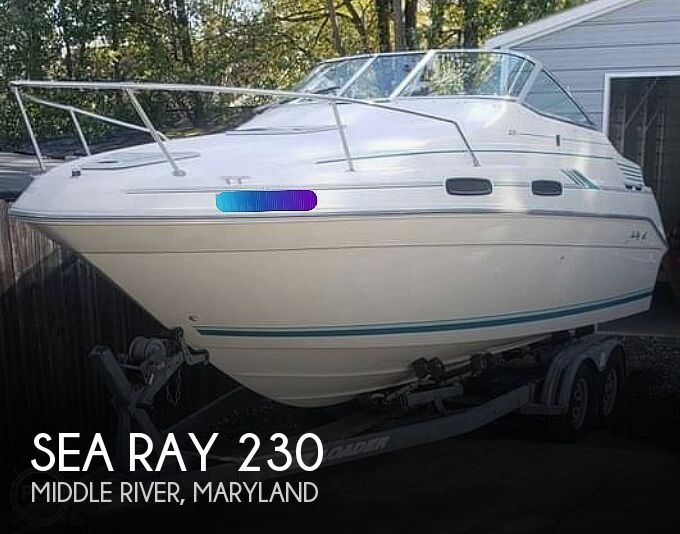 1993 Sea Ray boat for sale, model of the boat is 230 Sundancer LTD & Image # 1 of 40