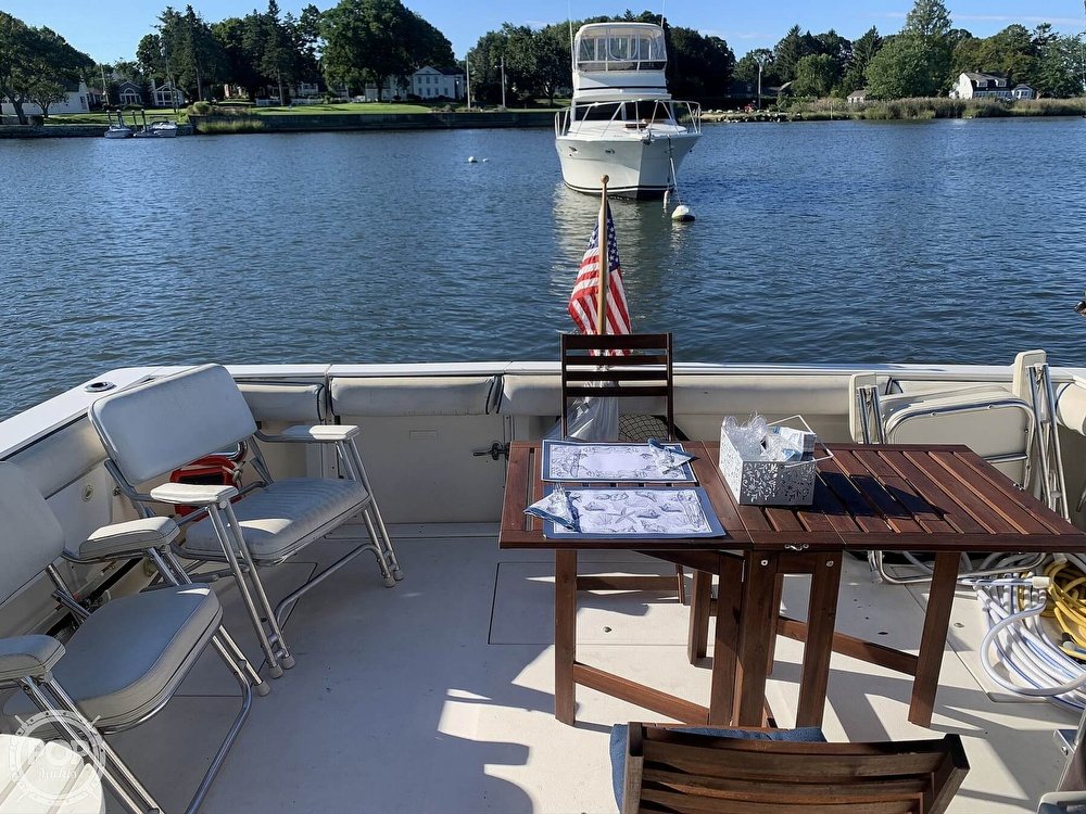 1986 Sea Ray boat for sale, model of the boat is 390 SF & Image # 6 of 40